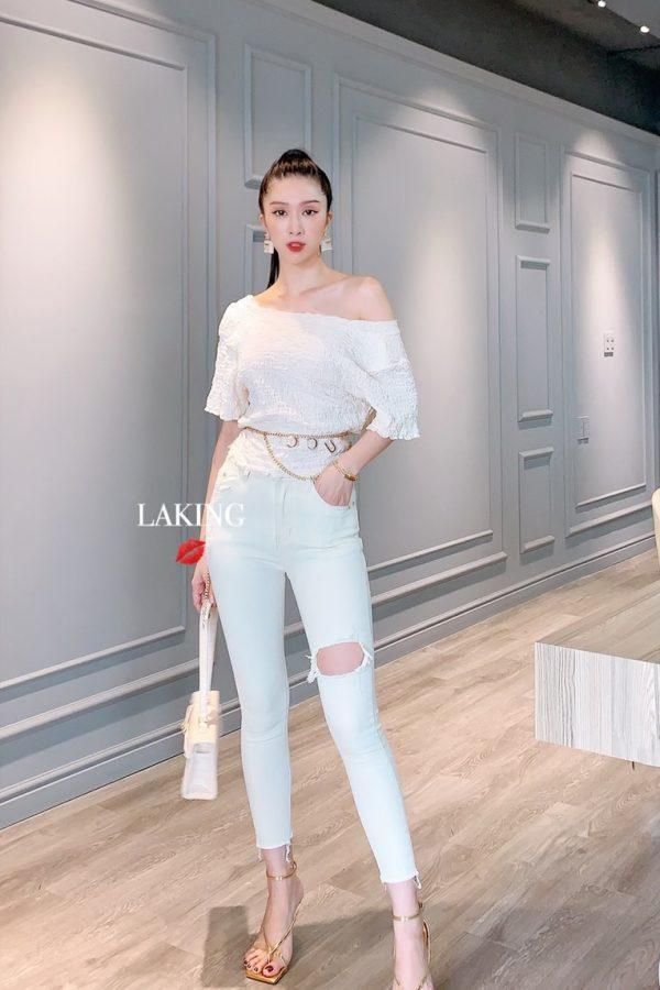 Áo trắng tay ngắn cổ V
