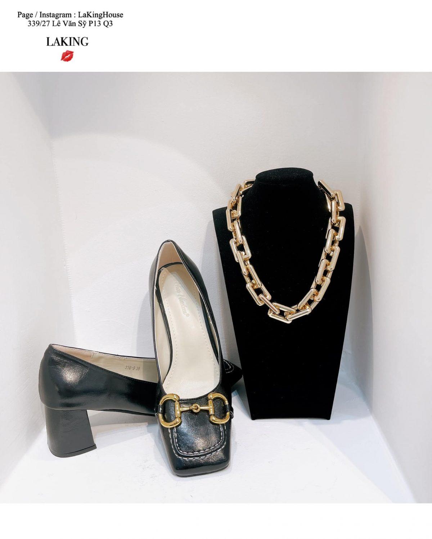 giày cao gót mũi vuông