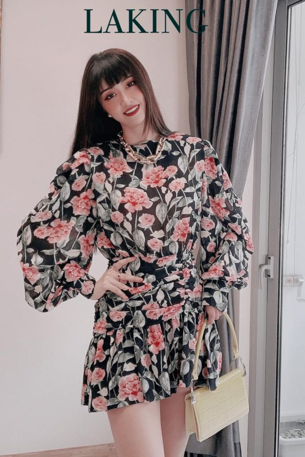 đầm đen nhún hoa cam