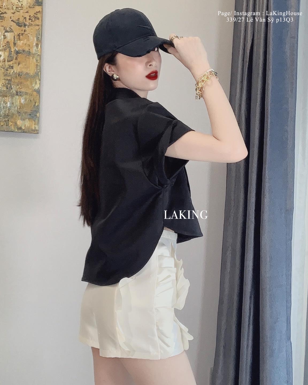 quần short trắng